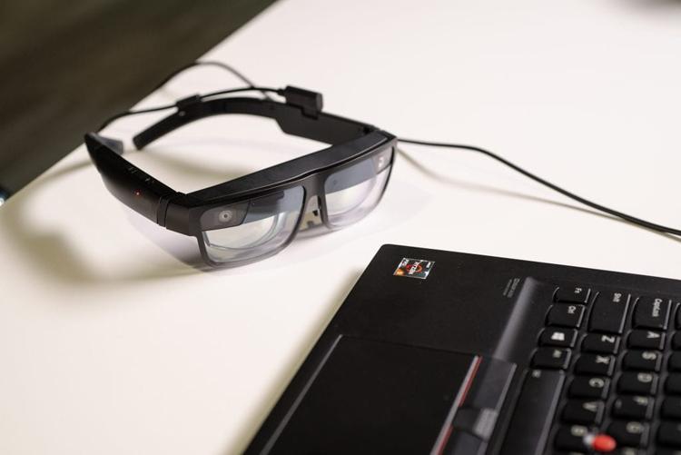 Розумні окуляри Lenovo ThinkReality A3 можуть відображати до п'яти віртуальних дисплеїв — SUNDRIES
